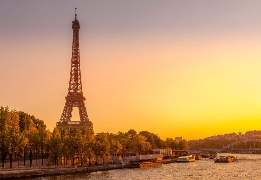 best nightlife in Paris