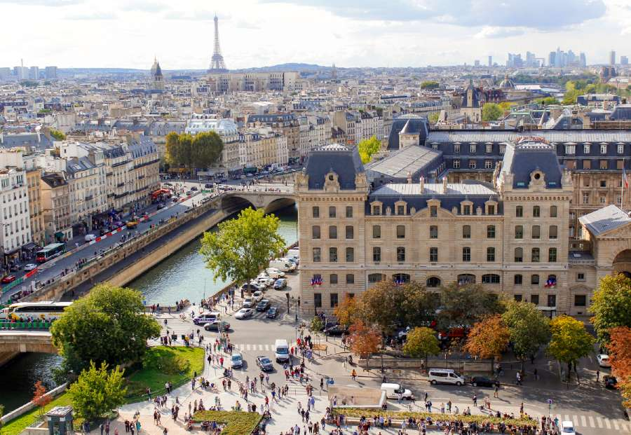 what to pack for Paris in summer