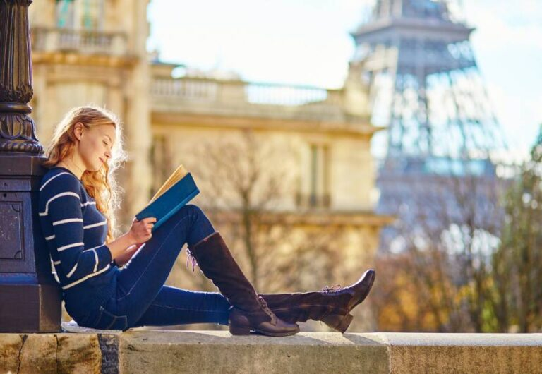25 Best Books About Paris That Will Inspire You to Visit