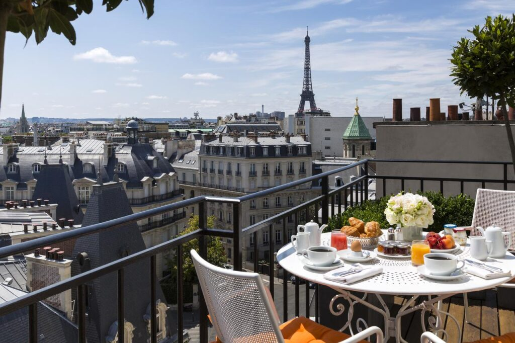 Hôtel San Régis is one of the Best Hotels with Eiffel Tower View in Paris
