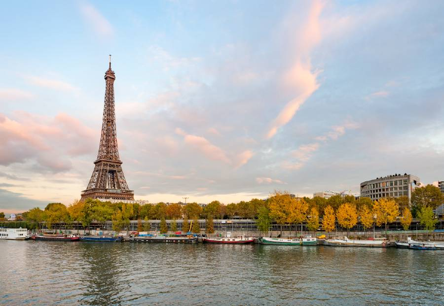 visiting paris for the first time