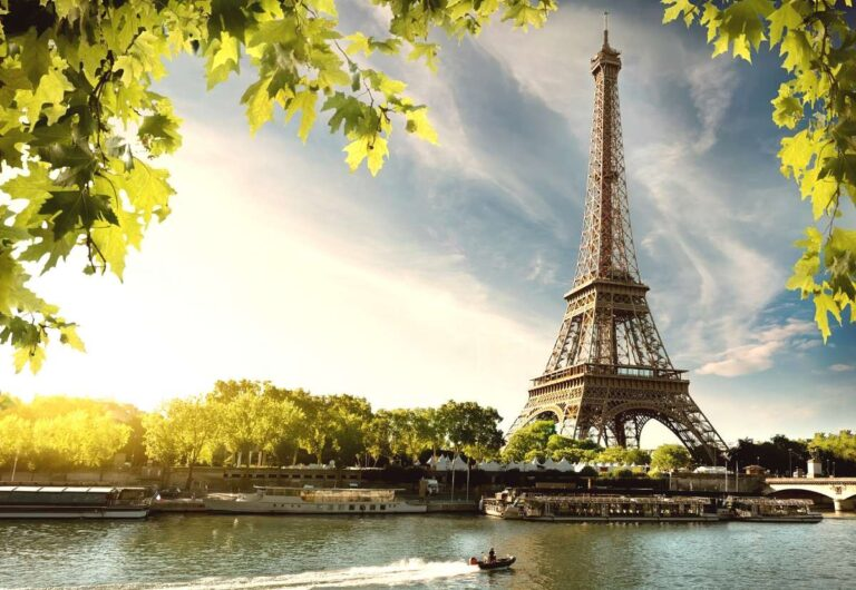 Paris skip the lines: 6 Best Ways to Skip The Lines in Paris And Not Waste Time