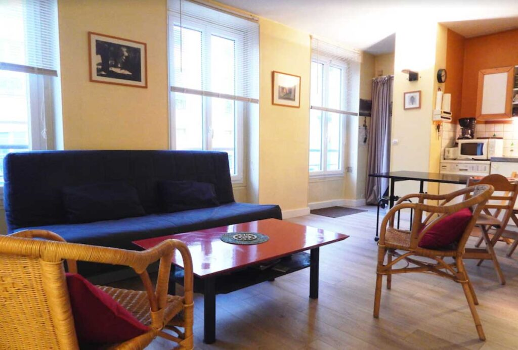 This Apartment in a Quiet Little Street is one of the self-catering apartments in Paris