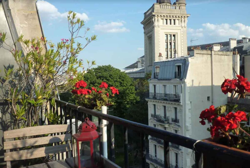 This Apartment in the Center of Paris is one of the best holiday apartments in Paris