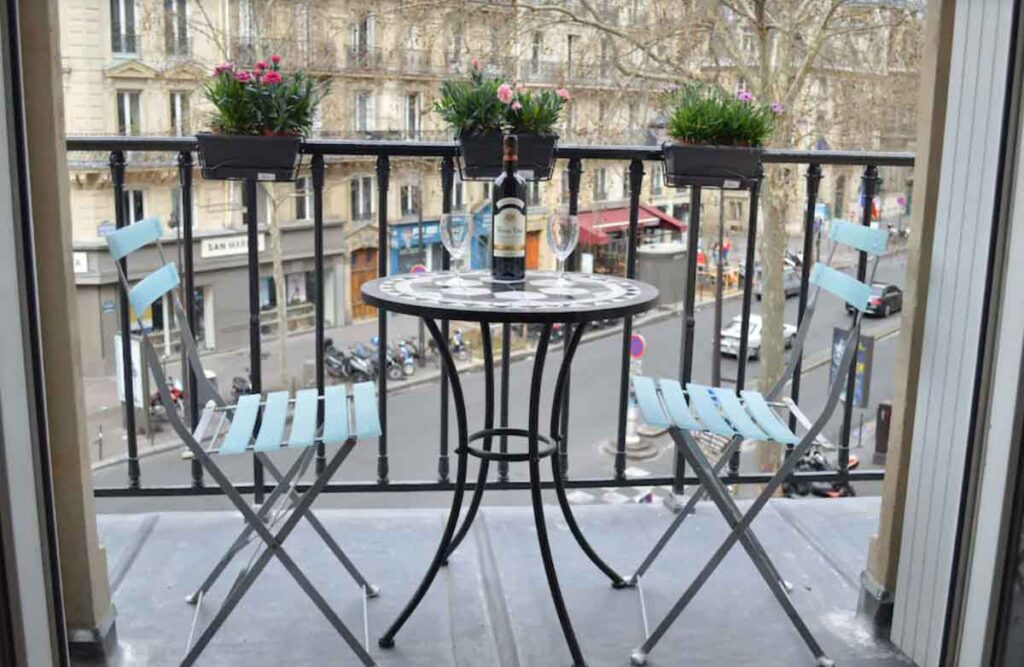This Magnific studio with balcony in the Centre of Paris is one of the apartment rentals in Paris France