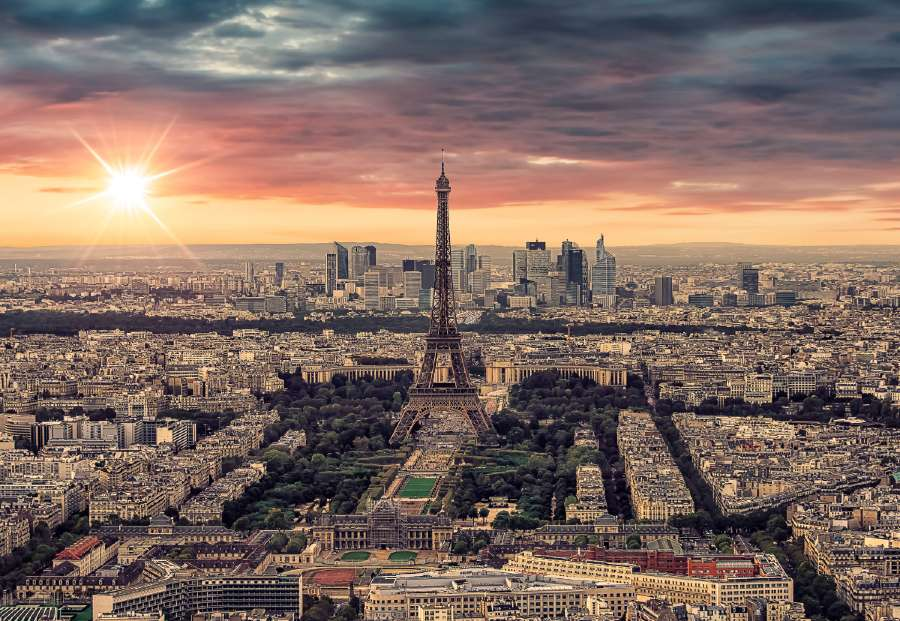 Montparnasse Tower is one of the places to take Eiffel tower pics