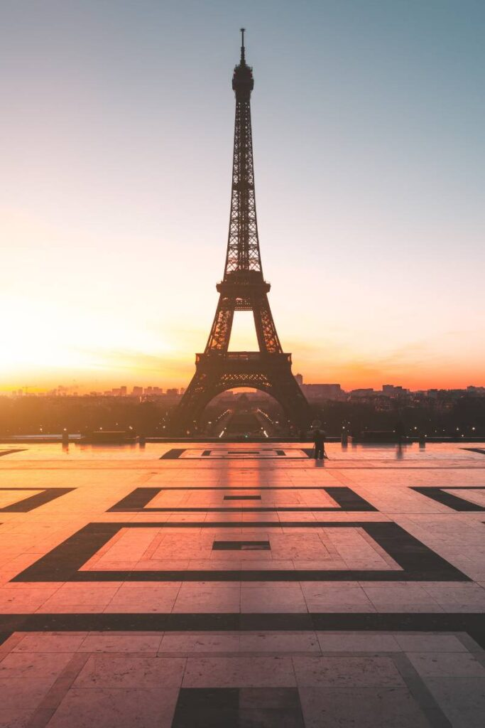 Watching a sunrise at Trocadéro is one of the things to add to your Weekend in Paris itinerary
