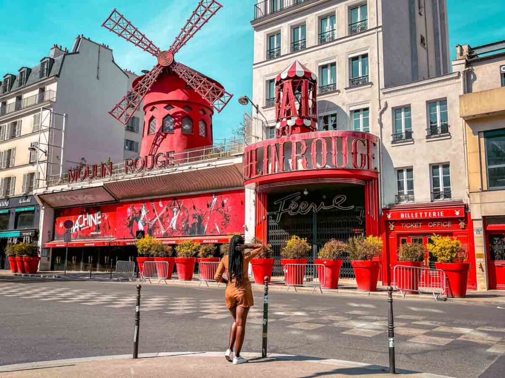 Watching a cabaret show at the Moulin Rouge is one of the Paris bucket list things to do