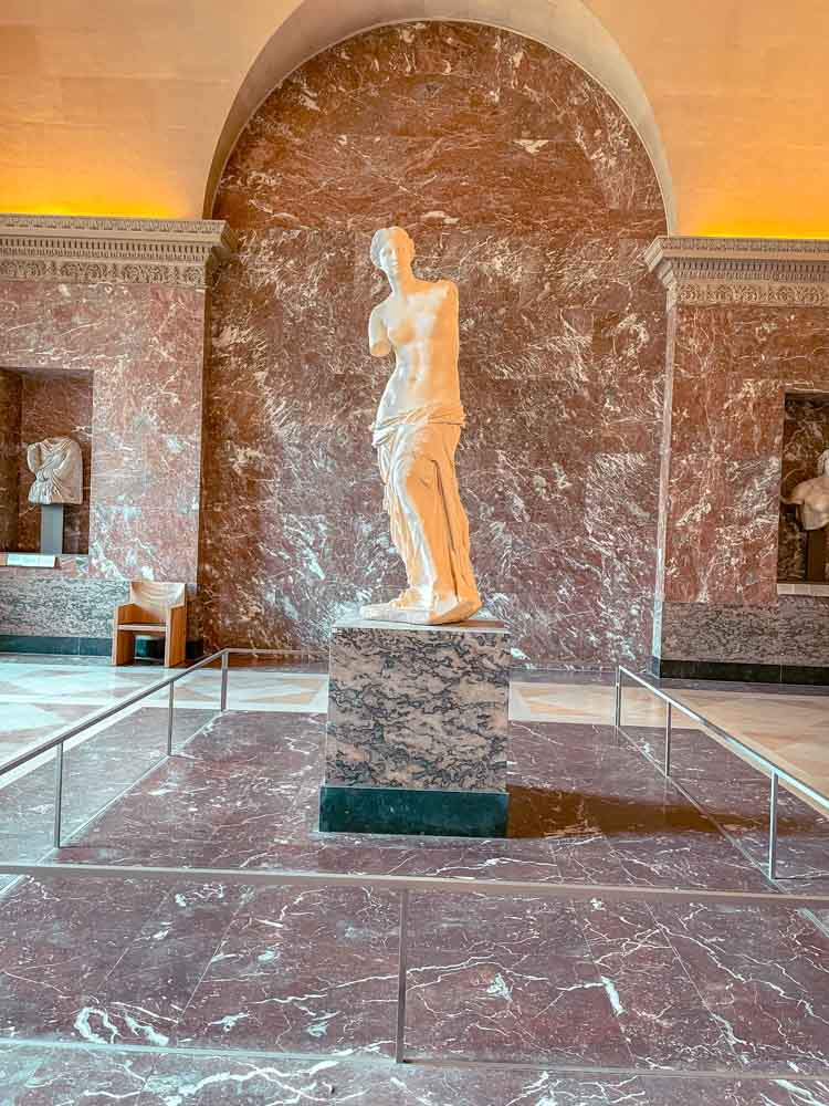 Visiting the louvre museum should be added to your Paris weekend itinerary