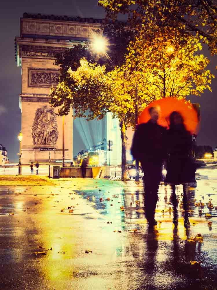 Taking leisurely strolls in the city at night is one of the romantic things to do in Paris